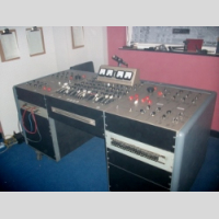 Golden Age TV EMI REDD 37 Sound Mixer copy picture